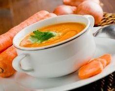 Soupe de carottes, poireaux et pommes de terre : http://www.cuisineaz.com/recettes/soupe-de-carottes-poireaux-et-pommes-de-terre-69178.aspx