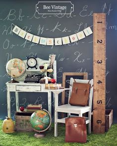 Bee Vintage Back To School Theme – Items displayed can be rented at… – decor studio La Fleur - TechUve Photos Back To School Party, School Parties, First Day Of School, Middle School, High School, Back To School Window Display, Back To School Displays, Back To School Pictures, School Photos