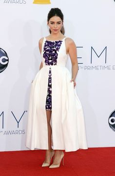 Emilia Clarke Emmy awards 2012   the perfect Chanel