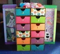 Made by Karla Villareal. Sewing Room Storage, Diy Storage Boxes, Kids Storage, Cardboard Crafts, Paper Crafts, Arts And Crafts, Cardboard Boxes, Projects For Kids, Diy For Kids