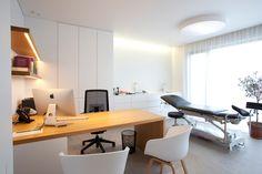 Dental Office Decor, Medical Office Design, Office Space Design, Office Furniture Design, Healthcare Design, Clinic Interior Design, Clinic Design, Interior Work, Office Ideas For Work