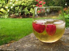 May Wine. Traditionally infused with Sweet Woodruff, but you can infuse Roses, Chamomile, Lemon Balm, and many more herbs in wine. Coctails Recipes, Wine Recipes, May Wine Recipe, Fun Drinks, Yummy Drinks, Beverages, Healthy Drinks, Sweet Woodruff, Spiced Wine