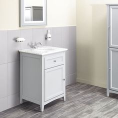 Savoy Gun Metal Grey 600 basin unit - with 1 tap hole basin image 1 Traditional Bathroom, Bathroom Furniture, Vanity Units, Vanity, Bath Store, Bathroom Update, Bathroom Units, Bathroom Mixer Taps, Marble Top