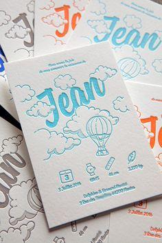 Modèle faire-part de naissance Cocorico Letterpress 100% personnalisable avec ballon montgolfière et nuages / Customizable Cocorico Letterpress baby birth announcement card with hot-air balloon beetwen the clouds