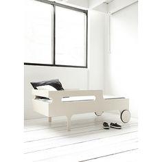 Design_Agata & Arek Seredyn   R toddler bed  http://nykykids.com/agata-arek-seredyn-r-toddler-bed/