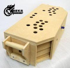 Portable arcade in a box, perhaps can make with telescopic stand Pi Arcade, Bartop Arcade, Arcade Console, Arcade Stick, Arcade Room, Arcade Games, Arcade Controller, Retro Pi, Mame Cabinet