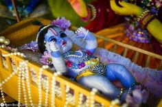 Radhe Krishna Wallpapers, Lord Krishna Wallpapers, Little Krishna, Cute Krishna, Krishna Leela, Krishna Radha, Lord Krishna Images, Radha Krishna Pictures, Radha Kishan