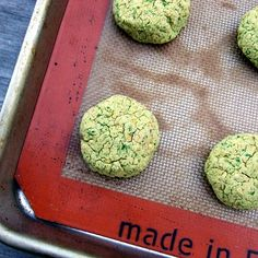 Five-Ingredient BakedFalafel- frying is a pain in the butt, scares me, and uses so much oil!