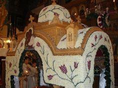 Greek Easter, Church Flowers, Altar, Jesus Christ, Gardening, Flower Arrangement, Lawn And Garden, Horticulture