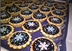 Hungarian Desserts, Cake Decorating Videos, Winter Food, Mini Cupcakes, No Bake Cake, Biscuits, Recipies, Muffin, Fudge