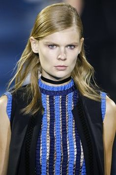 http://www.vogue.co.uk/fashion/spring-summer-2016/ready-to-wear/mary-katrantzou/full-length-photos/gallery/1476964