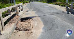 Prado: Cratera se abre na junção da ponte com asfalto