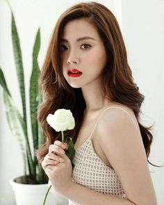 Most Beautiful Faces, Beautiful Girl Image, Beautiful Asian Women, Korean Beauty, Asian Beauty, Japanese Models, Best Face Products, Beautiful Actresses, Asian Woman