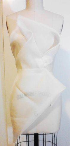 Bodice 6 with hip detail