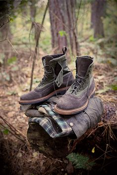 Are you a Barbour fan? This year the company is celebrating its 120 years in business, which started back in 1894 when John Barbour began . Bob Ross, Men's Shoes, Shoe Boots, Dress Shoes, Tartan, Barbour Jacket, Barbour Boots, Derby, Oxford Boots