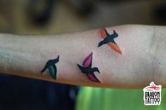 Bird Tattoo, Kuş Dövmesi Dövme, piercing, kalıcı makyaj randevularınız için +90 212 293 36 35 numaralı telefondan bizlere ulaşabilir, Şehit Muhtar Mah. İmam Adnan Sk. No:19 Beyoğlu / İstanbul adresine uğrayarak stüdyomuzu ziyaret edebilirsiniz. #tattoo #dragon_tattoo #dragontattoo #dragon_tattoo_supply #dragontattoosupply #supply #tattoo_art #tattooart #art #ink #istanbul #dövme #forevertattoo #art #bird #birdtattoo #kuş #kuşdövmesi
