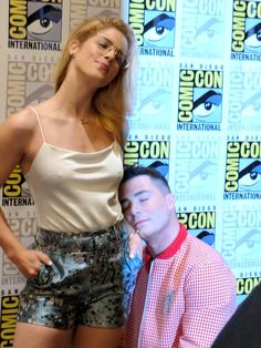"""""""Rocking the press line and being fierce AF! Oliver And Felicity, Felicity Smoak, Emily Arrow, Stephen Amell Arrow, Colton Haynes, Emily Bett Rickards, Sonic And Shadow, Supergirl And Flash, Amanda Bynes"""