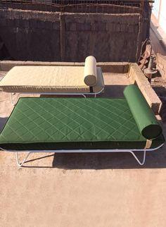 Honoré Décoration Fauteils en bois, fauteuils en fer, tabourets design, poufs...
