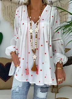 V-Neck Star Print Nine Points Sleeve Mid-Length Blouse Half Sleeves, Types Of Sleeves, Look Boho, Boho Style, Star Print, Latest Fashion Trends, Blouses For Women, Boho Fashion, Style Fashion
