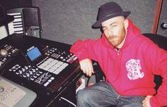 The Alchemist The Alchemist Classic Hip Hop Albums, Hip Hop Dj, Hip Hop Classics, Hip Hop Producers, Rap Lyrics, Drum Machine, Hip Hop Outfits, Rap Music, Dream Guy