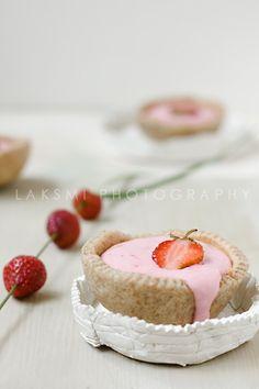 https://flic.kr/p/8fjYYP | Strawberry Quark Cups