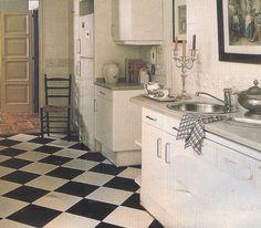 Cocinas antiguas con suelos decorativos
