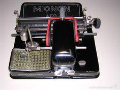 MAQUINA DE ESCRIBIR AEG MIGNON MODEL0 4 - Foto 1