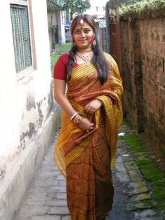 Kolkata housewife escort