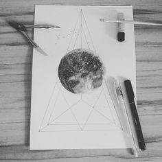 Moon 🌑 ♥  29/01/2017  I'm going back to practicing watercolor drawing.  #art #draw #drawings #william_drawings #watercolor #illustration #moon #black #white #triangle