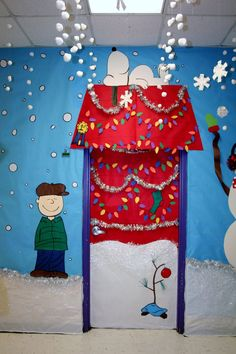 This Charlie Brown and Snoopy Christmas classroom door display is adorable. This Charlie Brown and Snoopy Christmas classroom door display is adorable. Decoration Haloween, Diy Christmas Door Decorations, Decoration Creche, Christmas Door Decorating Contest, School Door Decorations, Christmas Themes, Christmas Fun, Charlie Brown Christmas Decorations, Classroom Christmas Decor