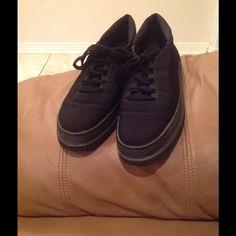 🎱🎱🎱Stuart Weitzman  Shoes🎱🎱🎱 🎱🎱🎱🎱Stuart Weitzman black shoes 🎱🎱🎱🎱 Stuart Weitzman Shoes