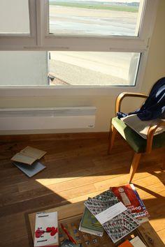 Views & Reviews Het Bloedspoor in de Sneeuw Georges Simenon Dick Bruna Graphic Design https://bouillabaiseworkinprogress.blogspot.nl/2017/07/views-reviews-het-bloedspoor-in-de.html