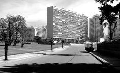 Raúl Sichero Bouret. Edificio Panamericano, 1959. Photograph: Jorge Gambini Ons © Jorge Gambini Ons. Click above to see larger image.