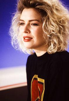 Kim Wilde, Kim Novak, Simon Le Bon, 80s Pop, 90s Girl, Idole, 80s Movies, Vintage Makeup, Pop Singers