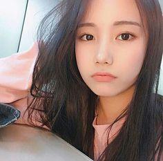 The Gifts that Keeps On bouncing Early morning BooBers be a bouncing Korean Ulzzang, Cute Korean Girl, Uzzlang Girl, Long Black Hair, Grunge Girl, Just Girl Things, Beautiful Asian Girls, Asian Fashion, Pretty Woman