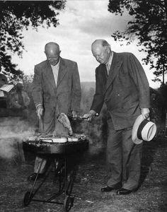 Two presidents for the price of one! President Eisenhower (left) tends to the grill as former President Hoover flips a hefty steak on Sept. Hoover was visiting the president in Fraser, Colo., for a fishing trip. Presidents Wives, American Presidents, Us History, American History, Celebridades Fashion, Herbert Hoover, Presidential History, Presidential Portraits, Dwight Eisenhower