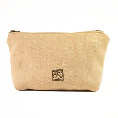 Use this little bag for your cosmetics or other small stuff in your bag. Size: 20 x Zipper: metal Weekender, Vegan, Etsy, Fashion, Hemp, Cinch Bag, Handbags, Nature, Schmuck