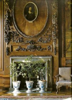 Chatsworth House State Drawing Room, carving by Samuel Watson. three potted trees are a nice reference for models. English Manor, English Style, French Style, French Country, Luxury Homes Interior, Interior Design, Derby, Fireplace Mantels, Fireplaces