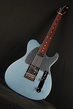 Don Grosh Retro Classic Vintage T in Glacier Blue Metallic, TT Pickups