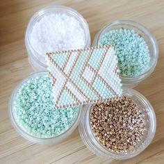 MINT On avance, on avance... #jenfiledesperlesetjassume #perlesandco #perlezmoidamour #perles #beads #miyukibeads #miyuki #tissage #beautifull #mint #bracelet #wip #inprogress