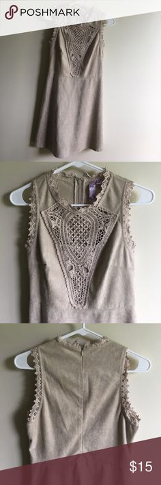 Never Been Worn Size Medium Dress from Francesca's Never been worn; soft and comfortable with pretty lace details! Color is more like a soft taupe. Francesca's Collections Dresses Mini