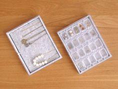 オール100均ハンドメイド、便利なアクセサリー収納 : usagi works Daiso, Indoor Garden, Jewelry Accessories, Sweet Home, Blog, Handmade, Crafts, Jewellery, Lifestyle
