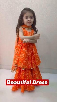 Baby Girl Dress Design, Girls Frock Design, Kids Frocks Design, Baby Frocks Designs, Simple Dress For Girl, Simple Dresses, Baby Girl Frocks, Frocks For Girls, Girls Dresses Sewing