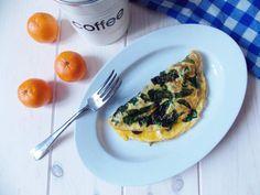 Mam rewelacyjną propozycję dla fanów omletów! Koniec z nudą, ten omlet śródziemnomorski ze szpinakiem i fetą Cię zachwyci smakiem i prostotą. Chwila przy patelni, a w zamian długi zachwyt przy stole,spróbuj koniecznie!