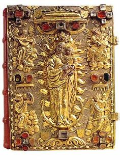 The Codex Millenarius Minor contains the texts of the Gospels and a list of books of the monastery from the 11th Century. The cover is from the end of the 16th Century.