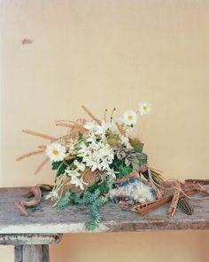 Wedding Flower Ideas Inspired by Nature Inspiration!!! Beautiful wedding bouquets!!! Perfect bridal bouquet for a dream wedding.   www.my-best-friends-wedding.com