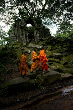 Young Monks at Beng Mealea by Mayur Channagere on 500px