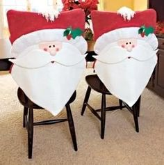 cubre sillas navideños - fundas para sillas navideñas                                                                                                                                                     Más Christmas Sewing, Christmas Wood, Christmas Deco, Christmas Humor, Handmade Christmas, Christmas Time, Christmas Stockings, Christmas Chair Covers, Chair Back Covers