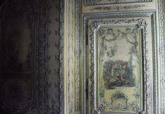 Versailles, 'Le cabinet des poètes', une pièce intime et minuscule, cachée dans le décor des appartements officiels.