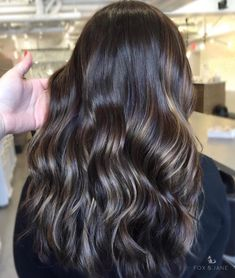 85k Followers, 7,091 Following, 3,116 Posts - See Instagram photos and videos from Hairstyles by Fox & Jane (@foxandjane) Balayage Asian Hair, Natural Hair Styles, Long Hair Styles, Barber Shop, Hair Goals, New Hair, Hairdresser, Blonde Hair, Hair Care